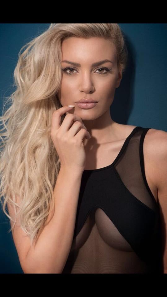Alexandra P7